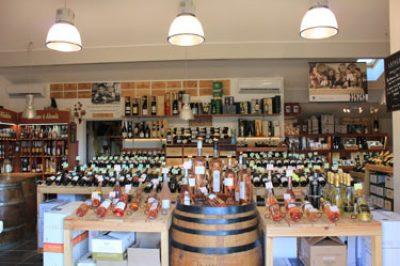 La Cave, Bidart, vente de vins et spiritueux : l'intérieur